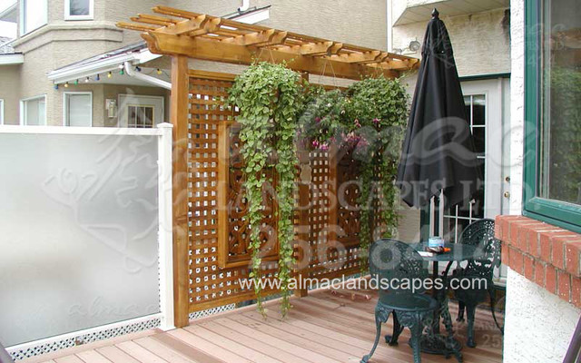 Almac Screen, Privacy Wall Design traditional landscape