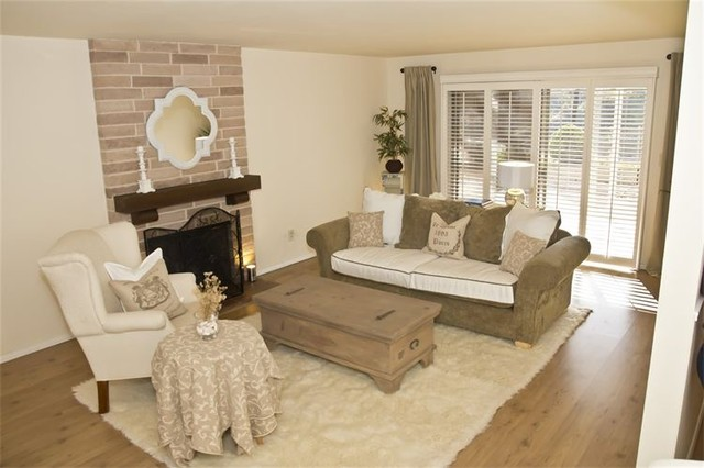 Monochromatic Cottage Traditional Living Room San Diego By Blythe Interiors