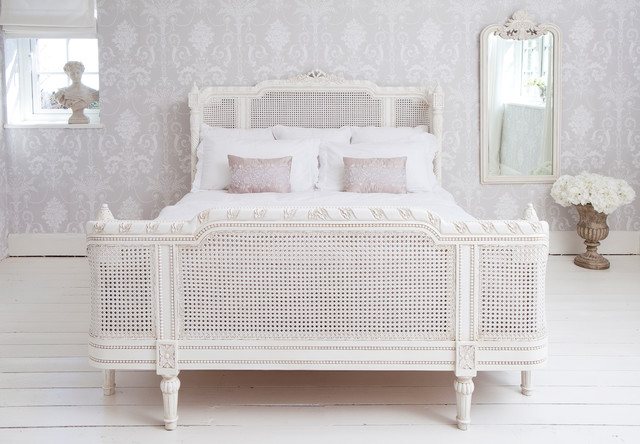 Provencal lit lit white french bed traditional beds for Classic french beds