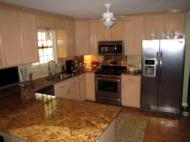 Small kitchen remodel traditional-kitchen