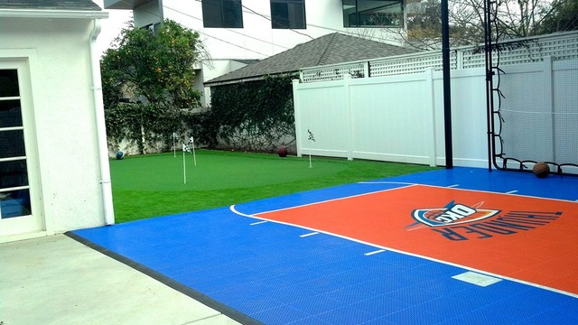 snapsports backyard home basketball court w custom okc theme logo. Black Bedroom Furniture Sets. Home Design Ideas