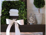 living room 25 Gorgeous Holiday Mantels by Houzzers (25 photos)