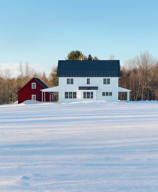 Traditional Farmhouse traditional-exterior