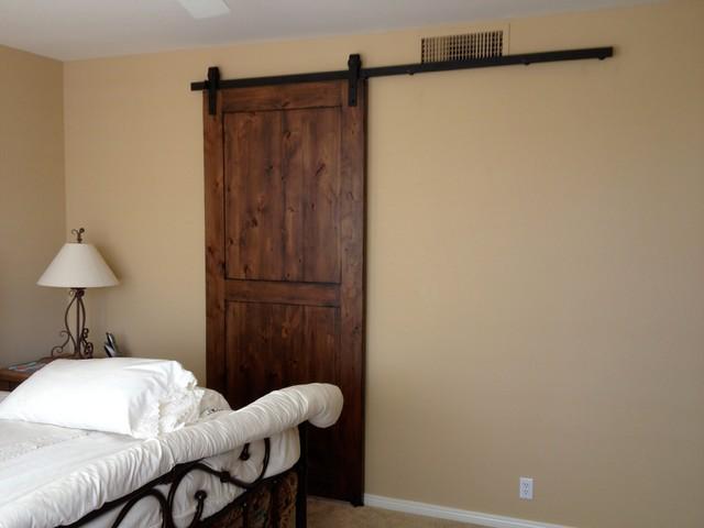Sliding Barn Doors Interior Knotty Alder Wood 640 x 480