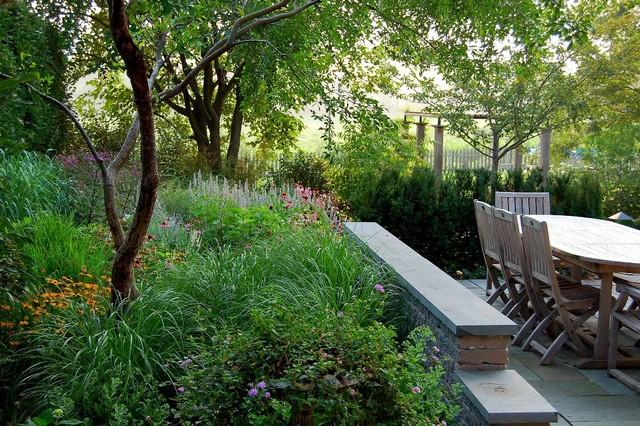 Fernhill Landscapes    Project Design: Doug Myers APLD traditional-landscape