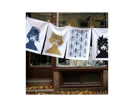 Lisa Bengtsson - Lisa Bengtsson Tillsammans Tea Towel - Every time we look at these adorable tea towels by Lisa Bengtsson they make us chuckle. In her designs Bengtsson features dogs which she adorns with all manner of hairstyles, hats and accessories giving them a very believable human persona. From crowns to bow ties and top hats to feathers, each and every dog takes on a character that is both humorous and endearing.