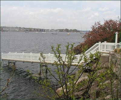 Jamestown Railing on Pier traditional-outdoor-grills