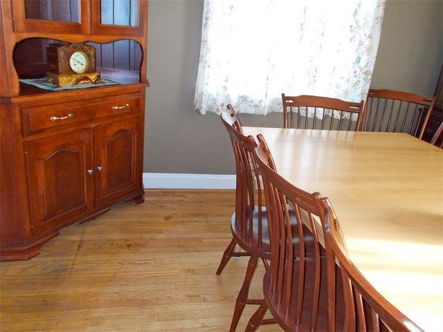 Maple Wood Dining Room Set farmhouse-dining-chairs