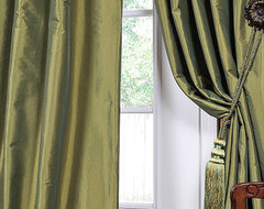 Fern Green Solid Faux Silk Taffeta 96-inch Curtain Panel traditional curtains