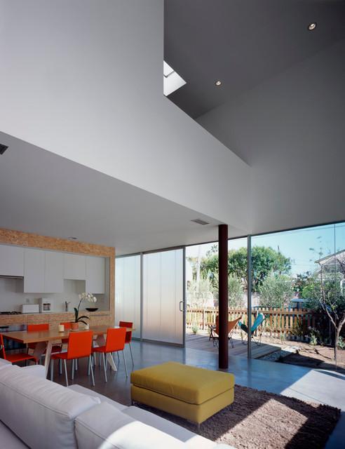 Linden Avenue residence modern-living-room