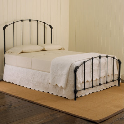 Collier Beds traditional beds