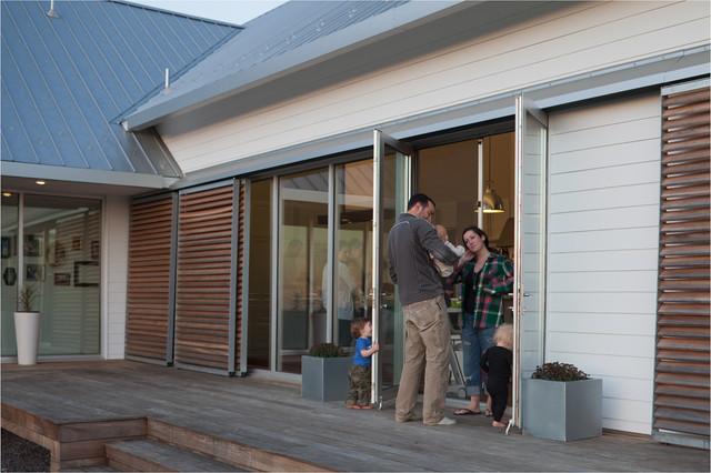 Porch House modern-patio