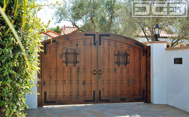 A Laguna Beach Spanish Style Driveway Gate In Eco Friendly