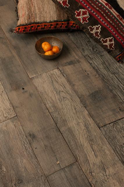 Signet by Commune hardwood-flooring