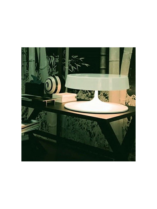 CHINA TABLE LAMP BY PENTA LIGHT - The China table lamp is a metal structure luminaire.