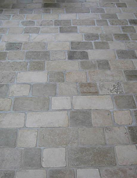 Cobble Stone Mosaics : Limestone tumbled cobblestone pavers traditional wall