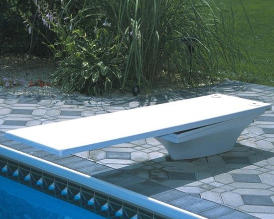 S.R. Smith 6 Feet Flyte Deck Diving Board - Radiant White - -Available in 6', 8', and 10' Lengths