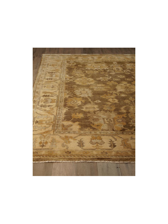 "Exquisite Rugs - Exquisite Rugs ""Oak Lea"" Oushak Rug - Handmade by master weavers, this stunning Oushak rug pays homage to the traditional rug making methods of old-world Indian craftsmen. After being hand washed and sun dried, this masterpiece is hand trimmed and uniquely finished. Hand knotted of wool on..."