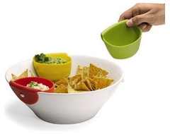 Tasto Chip and Dip Set contemporary serveware