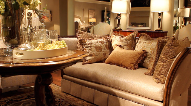 Birmingham Wholesale Furniture - Living Room - Traditional - Family ...