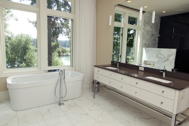 jill traditional-bathroom