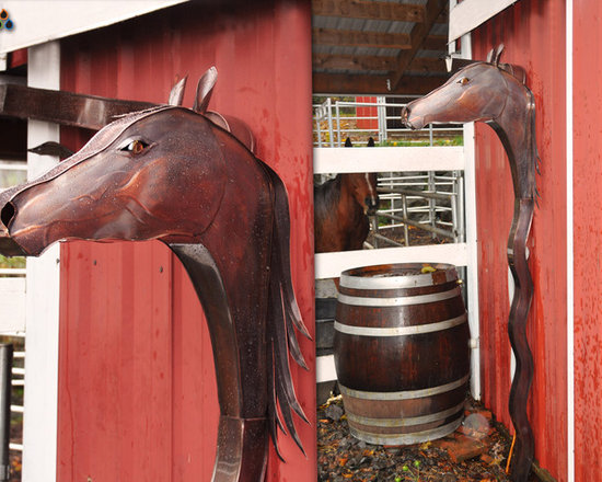 Art of Rain - Copper Horse - One of our newest additions, the American Mustang. Beautiful brown coat and eye color make an elegant and greaceful package. Finished with lacquer to protect brown patina.