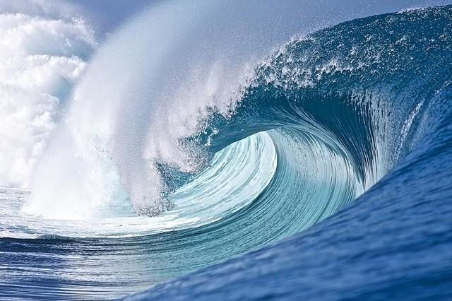 perfect tahiti wave break wallpaper wall mural self ocean wave wall murals galleryhip com the hippest
