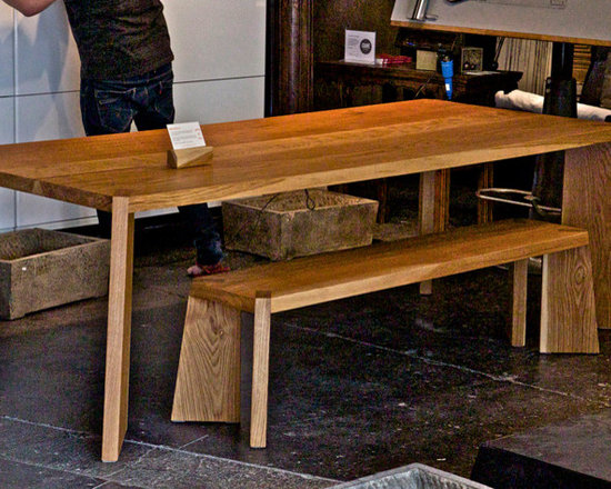 Solid Wood Dining Table - Solid White Oak dining table and benches handcrafted by Möbius Objects.