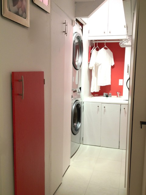 Very small laundry room with limited budget - Transitional - Laundry Room - other metro