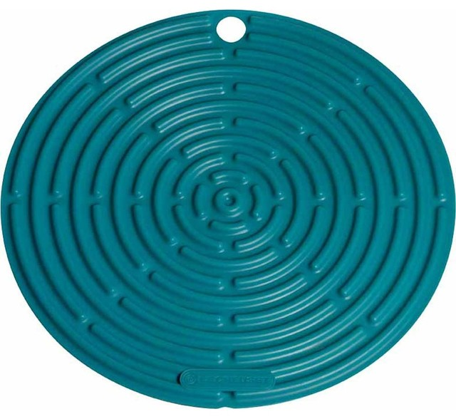 Le Creuset 8 Inch Round Silicone Cool Tool Trivet traditional-oven-mitts-and-pot-holders
