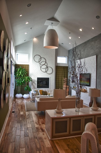 Extreme Makeover: Home Design eclectic