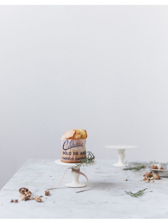 Rustic Porcelain Pedestal -
