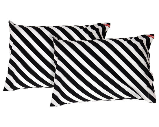 SWENYO - Black & White Diagonal Stripe Pillow Case Set - Same is lame. Our unique pillowcases will add color and personality to any space. Hand-selected by our team of designers, this contrasting pillowcase set has vibrant colors and an incredibly soft feel finished with our signature red SWENYO tag.