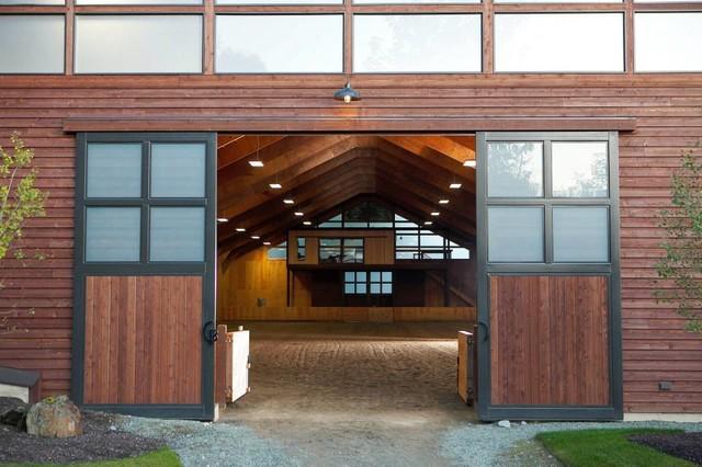 Custom stained cedar siding at circle b ranch for Cedar creek siding reviews