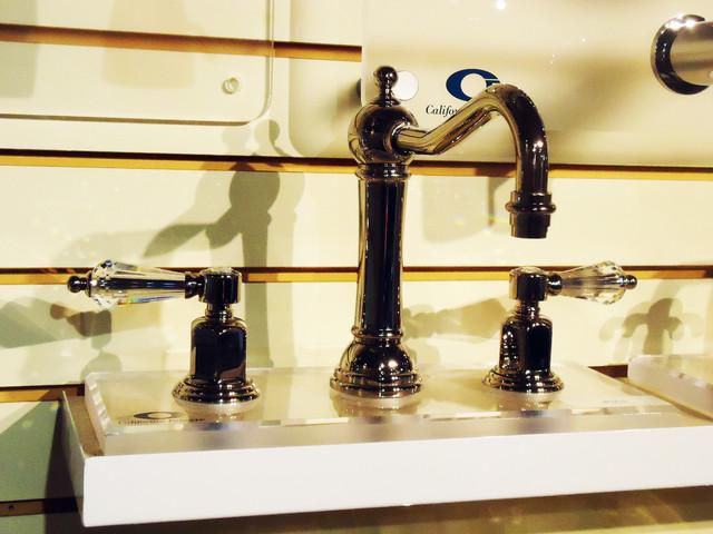 Amazing 1000 Ideas About Modern Bathroom Sink On Pinterest  Bathroom Sinks