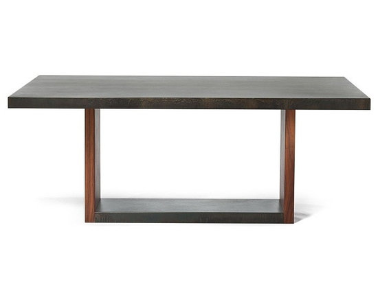 THE VERVANO WELLS TABLE -