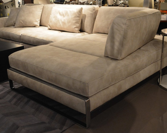 Showroom Pieces - Italian sectional in creta leather