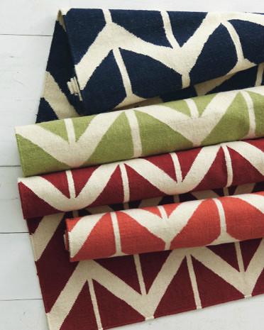 Chevron Flat-Weave Wool Rug modern-rugs