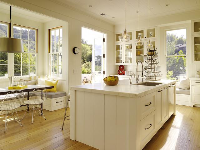 Access to backyard contemporary-kitchen
