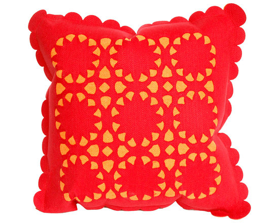 Liora Manne Red Dahlia Throw Pillow
