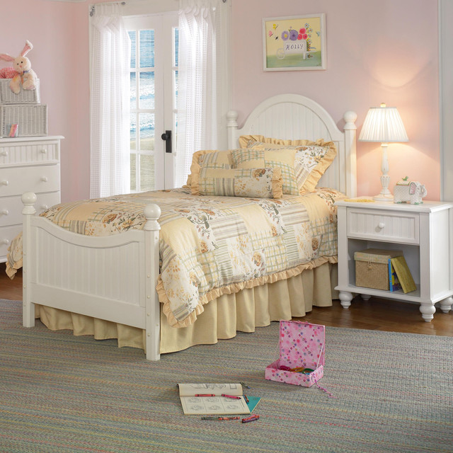 Hillsdale westfield youth 3 piece bedroom set in off white - Traditional white bedroom furniture ...