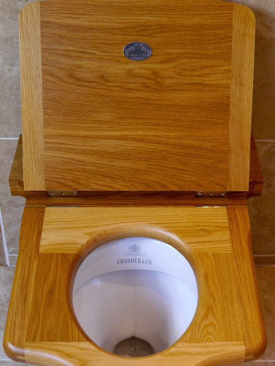 Chadder & Co. Luxury Toilets and Toilet Cisterns - The Chadder Traditional Throne Toilet Seats compliments the the Style of the Traditional High Level Toilet Cisterns, it is the Ideal Finishing touch For a Classic Cloakroom or Traditional Bathroom .