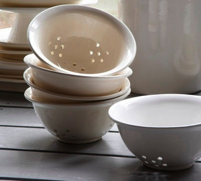 Earthenware Colander contemporary-colanders-and-strainers