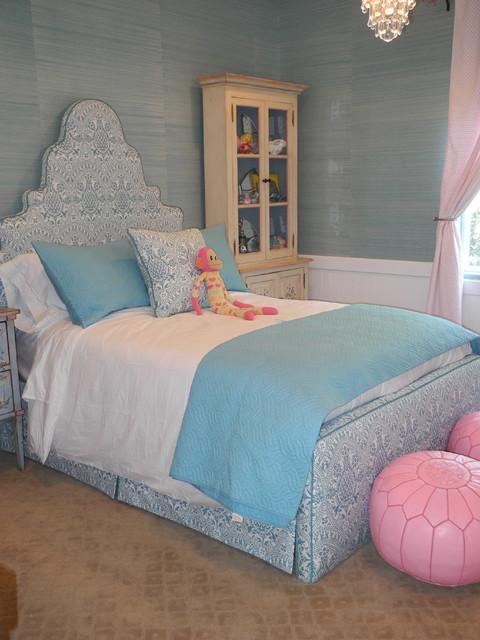 Girl's bedroom bedroom