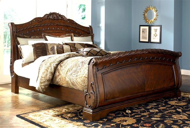 Sleigh Bed w Slatted Headboard and Dark Brown traditional-beds