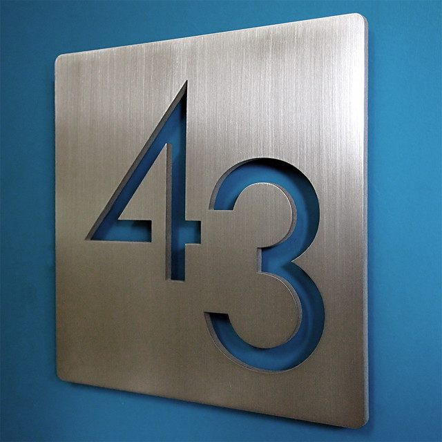 Pin modern house numbers ral color chartjpg on pinterest for Modern house numbers