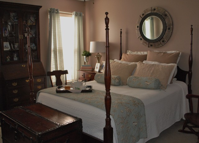 Homes traditional-bedroom