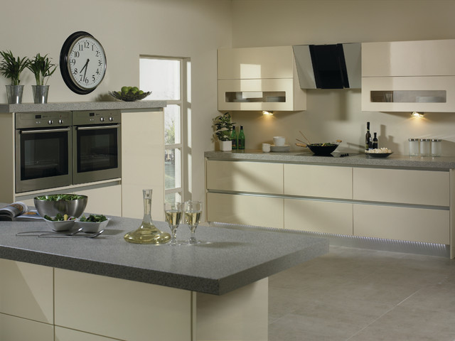 High Gloss Cream Kitchens Modern Kitchen Cabinetry Other Metro By Do It Yourself Kitchens