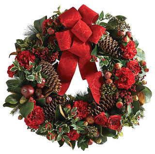Williamsburg pine and brownlia christmas wreath Traditional outdoor christmas decorations