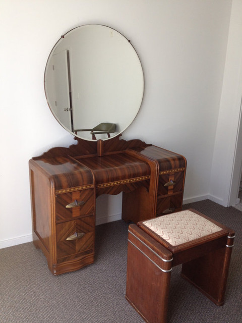 1930 S Art Deco Waterfall Bedroom Furniture 6 By